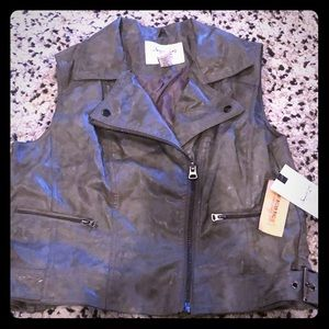 American Rag grey vest with tags